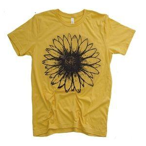 Mustard screen printed 🌻 sunflower graphic tee